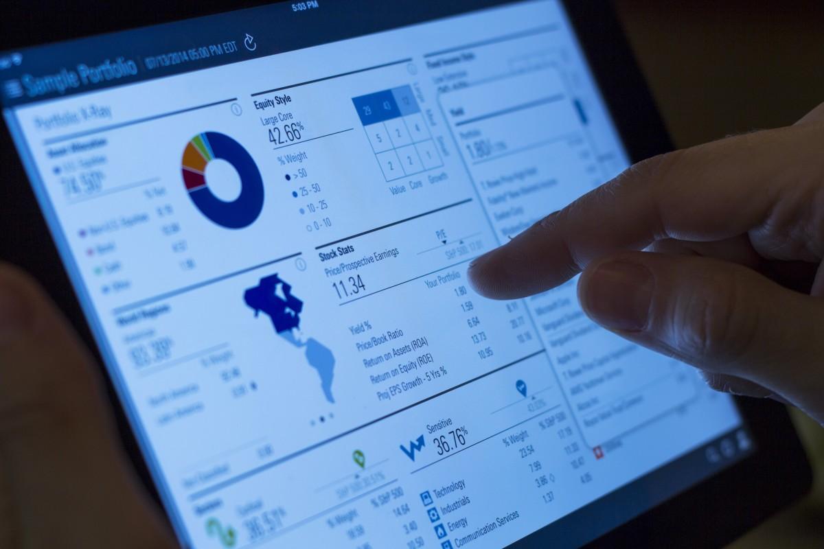 ipad_online_tablet_internet_screen_digital_technology_business-948715.jpgd_.jpg